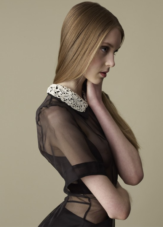 lace-dress-detail-550x765